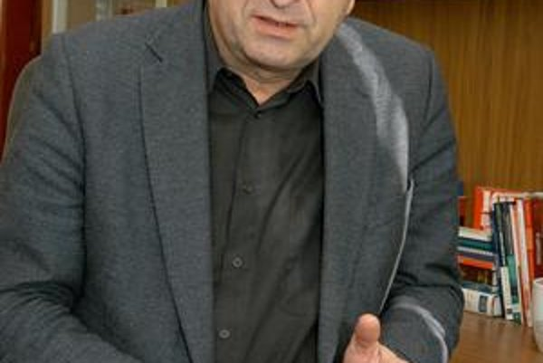 Profesor Cyril Höschl.