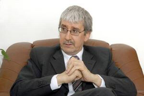 Ján Oravec, šéf slovenských podnikateľov si myslí, že pred 10 rokmi sme mali väčšiu krízu než teraz.