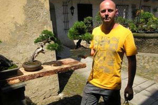 René Lempeľ sa bonsajom venuje už dvadsať rokov.