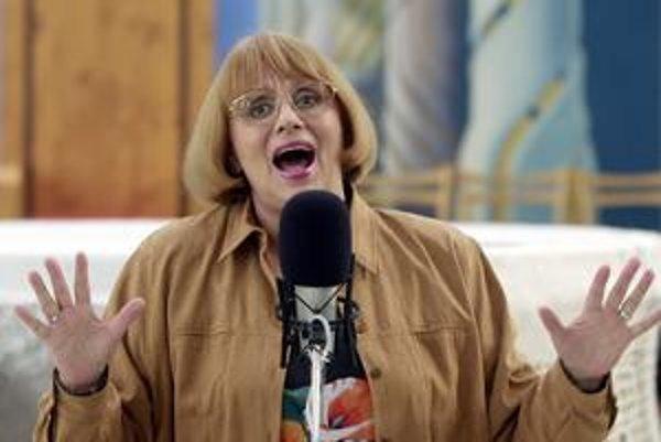 Patrila k najpopulárnejším speváčkam, za roky 1972 až 1976 päťkrát po sebe vyhrala anketu Zlatý slávik.