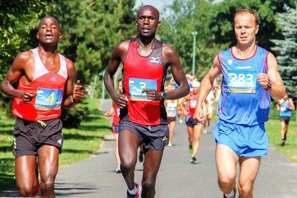 Na Malom štrbskom maratóne sa schádza kvalitná konkurencia, zabehač si však môžu aj rekreačná športovci.