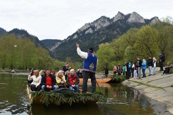 Splavovanie Dunajca láka ročne tisícky návštevníkov.