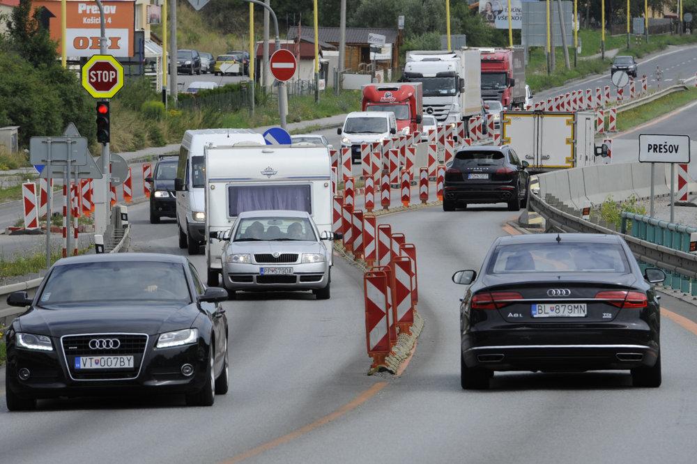 Semafor na prešovskej diaľnici je už pár rokov raritou.