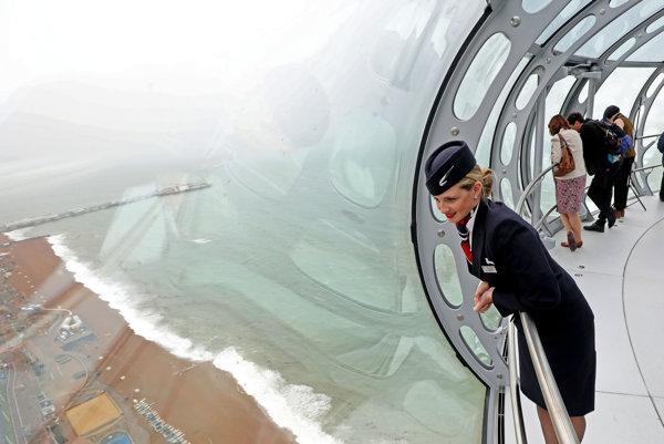 Veža British Airways i360 je najvyššia pohyblivá rozhľadň na svete.