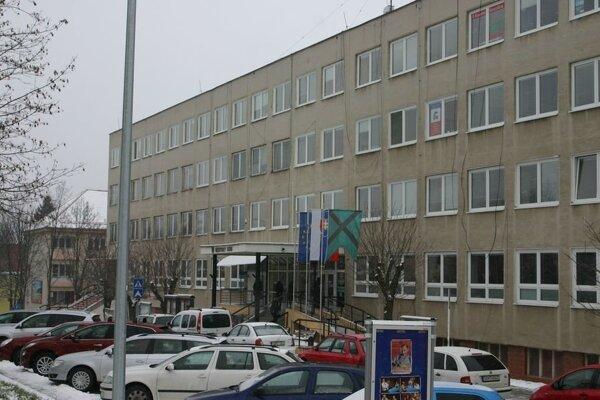 Mestský úrad vo Veľkom Krtíši.