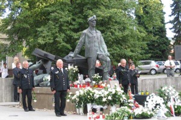 Spomienková akcia sa konala pri pamätníku obetiam banských nešťastí.