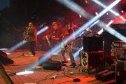 Vynikajúci koncert odohrala skupina Polemic.