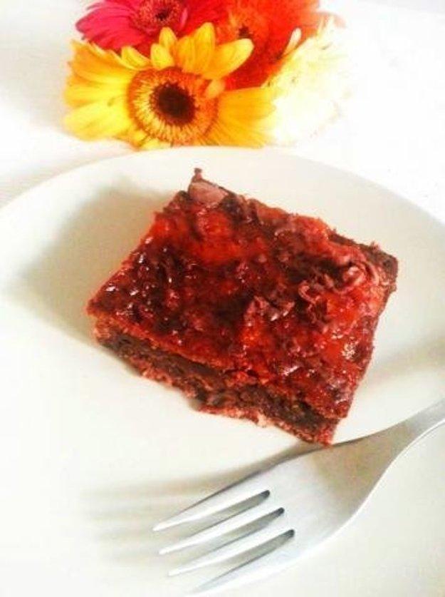 Hrnčekový cuketový koláč
