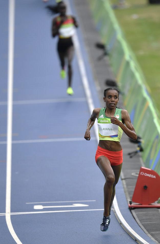 Ďaleko pred ostatnými. Ayanová stanovila nový svetový rekord v behu na 10 000 metrov.
