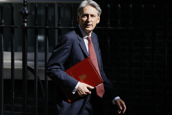 Britský minister financií Philip Hammond.