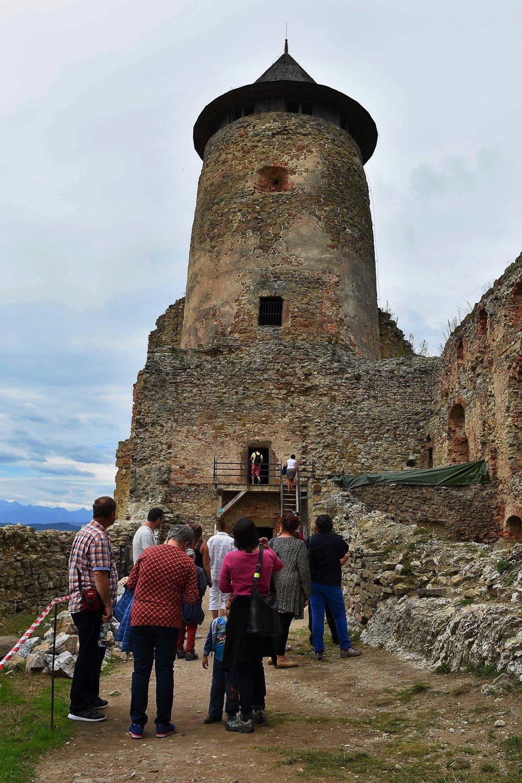 Hradnú vež, kde bol väznený Móric Beňovský.