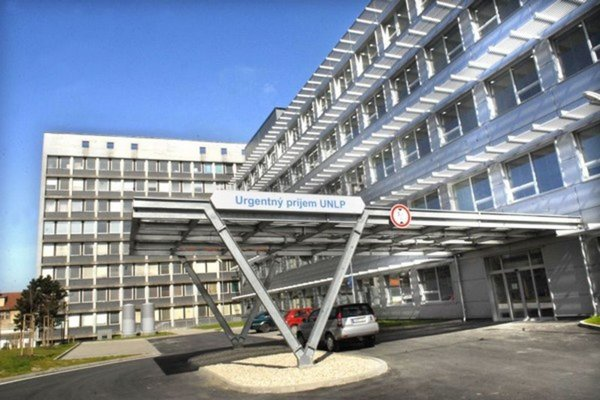 Najznámejšou kauzou Pro - Tender je výstavba budovy urgentu v košickej UNLP.