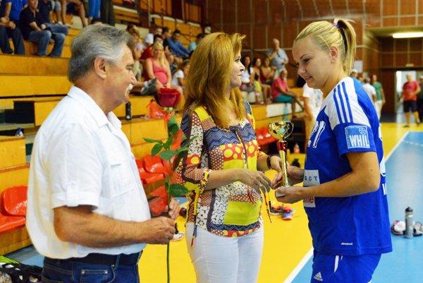 Hráčky Dusla vyhrali posledné tri ročníky turnaja. Pred rokom bola najlepšou strelkyňou Eva Veselková.