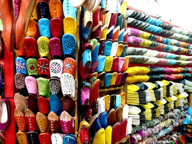 Marocké trhy sú vždy plné farieb