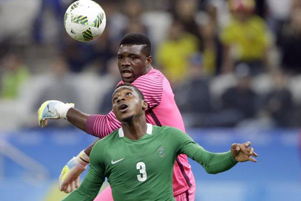 Kingsley Madu (v zelenom) v zápase proti Kolumbii na olympijskom turnaji v Riu.