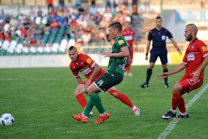 Nováčik sa dočkal. Ktesnému víťazstvu Prešova prispel aj útočník Rolinc (vpravo).