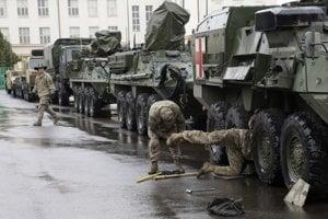 f7c2fd3c7 Prečítajte si tiež: Prečítajte si tiež:Európou prejde konvoj americkej  armády, môže ísť aj cez Slovensko