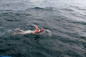František počas plávania v La Manche.