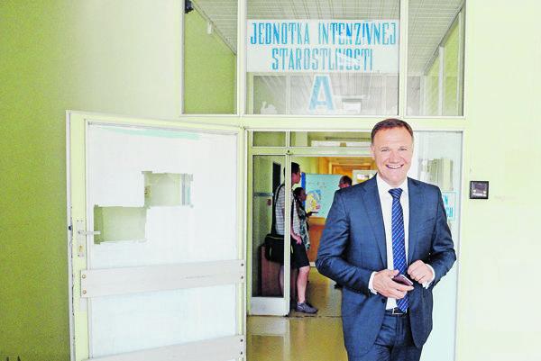 Exminister. Zamestnal sa v sieti polikliník patriacich pod Pentu.
