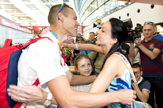 Matej Tóth sa zvítal so rodinou. Jeho slová ešte pred cieľom olympijského preteku smerovali práve jej.