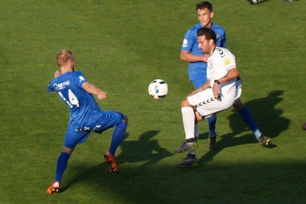 Pirulo dával defenzíve Baníka Ostrava poriadne zabrať.