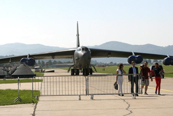Fanúšikov letectva by tento rok mal na Sliači potešiť najmä americký bombardér B-52.