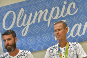 Matej Spišiak (vľavo) je trénerom Mateja Tótha.