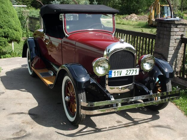 Chrysler 50 roadster (1925).
