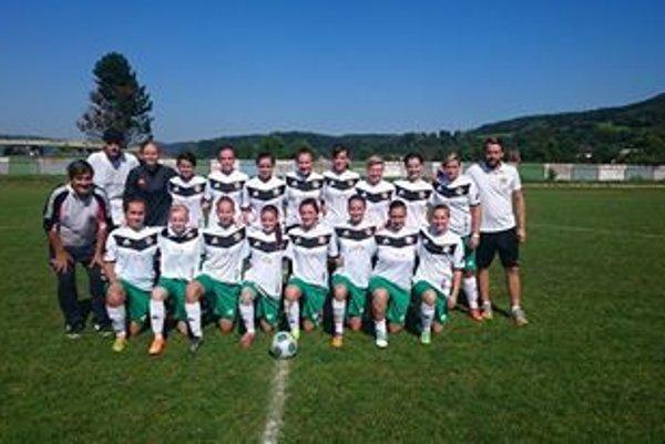 Futbalistky ŠKF VIX Žilina pokrstili nové dresy víťazstvom.