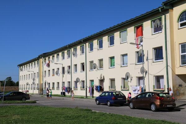 Domy na Ciglianskej ceste v Prievidzi.