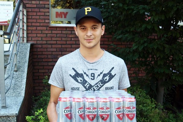 Po kartón piva Corgoň si prišiel víťaz 3. kola Adam Bíro z Čakajoviec.