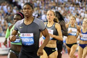 Svoju suverenitu v behu na 800 metrov medzi ženami potvrdila Caster Semenyaová.