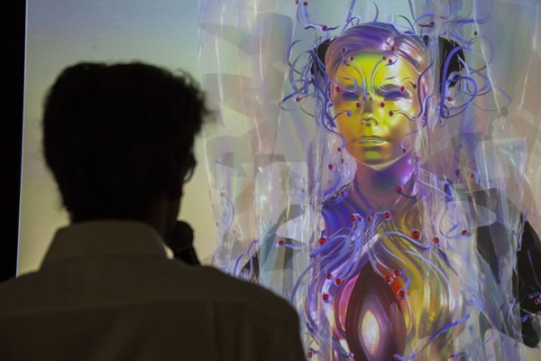 Takto sa Björk prihovárala na diaľku novinárom na tlačovej konferencii.