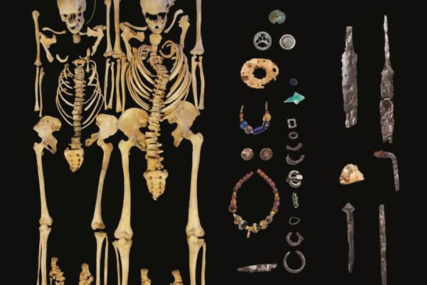 Rekonštrukcia pozostatkov a predmetov z náleziska.