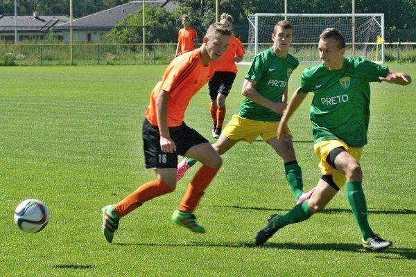 Najstarší dorastenecký tím MFK Ružomberok U19 odohral v sobotu 27. augusta 2016 v Bešeňovej zápas 2. kola prvej ligy staršieho dorastu so Žilinou. Mladí futbalisti zvíťazili 3:1.