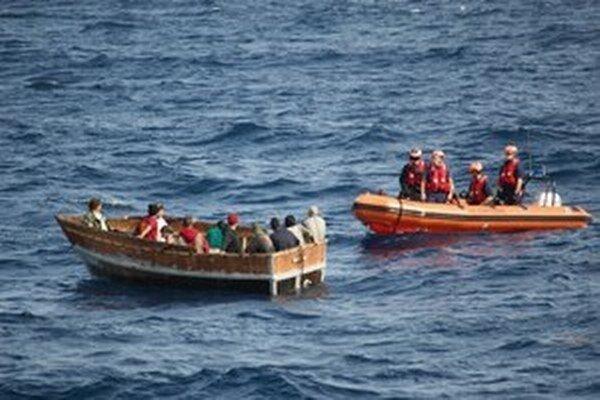 OSN apeluje na trojicu týchto juhoázijských krajín, aby prestali vytláčať člny s utečencami zo svojich teritoriálnych vôd.