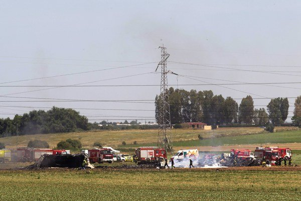 Haváriu vojenského airbusu prežili s ťažkými zraneniami dve osoby