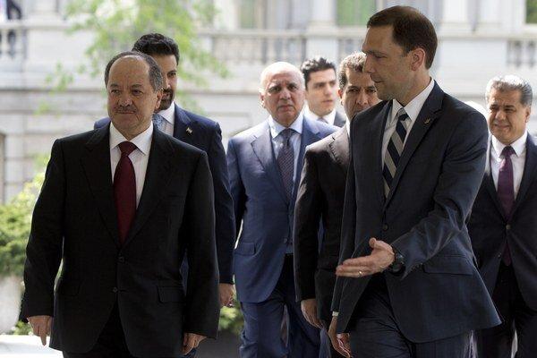 Americký prezident a viceprezident, Barack Obama a Joe Biden sa stretli s prezidentom kurdskej regionálnej vlády v Iraku Masúdom Barzáním.