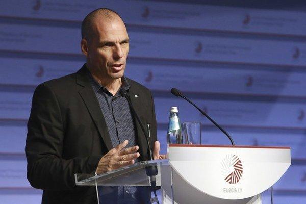 Yannis Varoufakis zostáva ministrom financií.