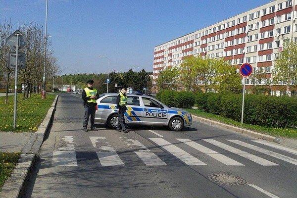 Výbuch v Prahe zranil ženu.