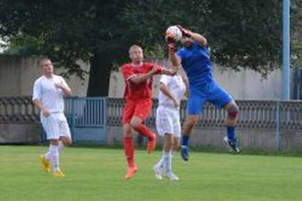 Brankár Tovarník Mikuláš inkasoval v prípravnom zápase iba raz.