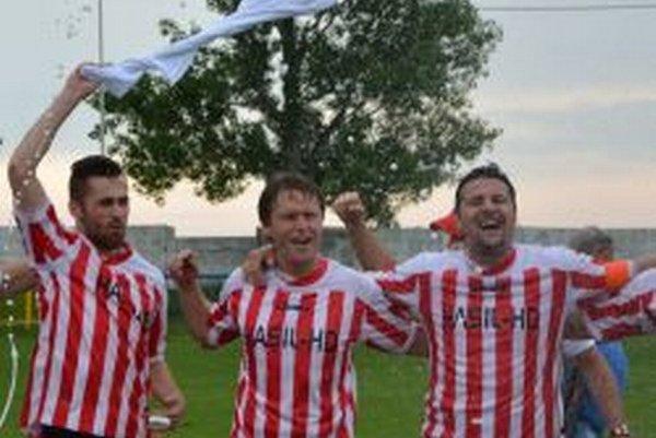 Hrušovany vyhrali V. ligu Stred a postúpili do IV. ligy.