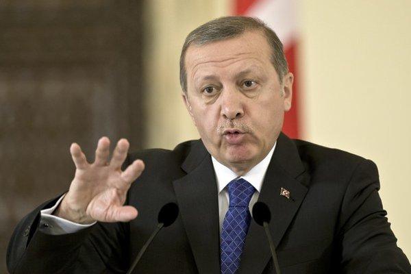 Erdogan kritizoval pápeža za jeho výroky o genocíde Arménov.