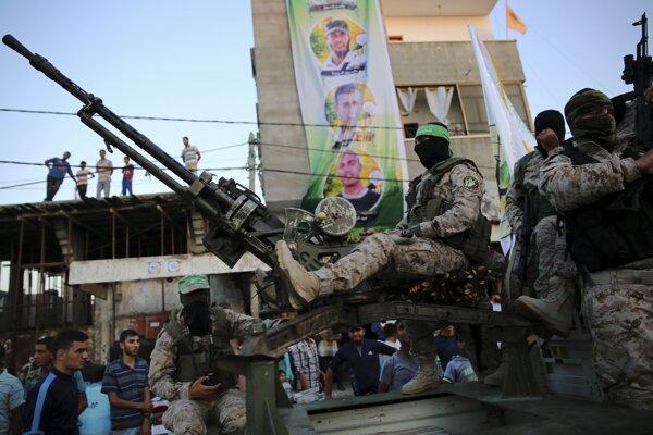 Vojaci hnutia Hamas v Palestíne.