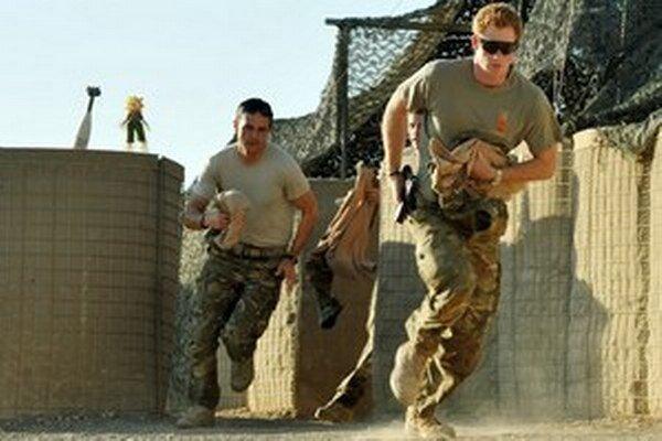 Princ Harry počas nasadenia v Afganistane.