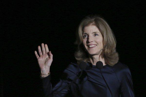 Kennedyovej sa vyhrážala neznáma anglicky hovoriaca osoba.