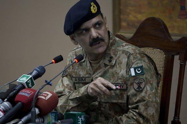 Hovorca pakistanskej armády Major-Generál Asim Bajwa.