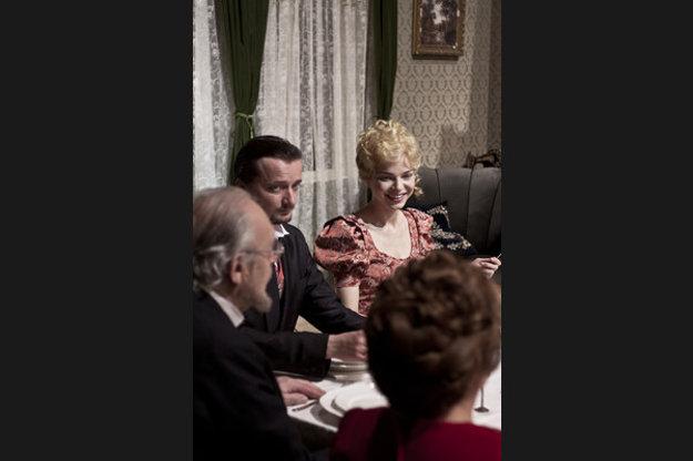 Cenu za najlepší ženský herecký výkon si odniesla Petra Vajdová, v mužskej kategórii zvíťazil Richard Stanke.