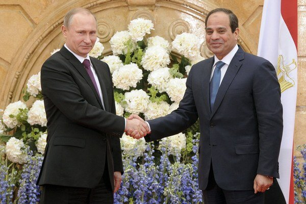 Prezident Ruska Vladimir Putin a prezident Egypta Abdal Fattáh Sísí.
