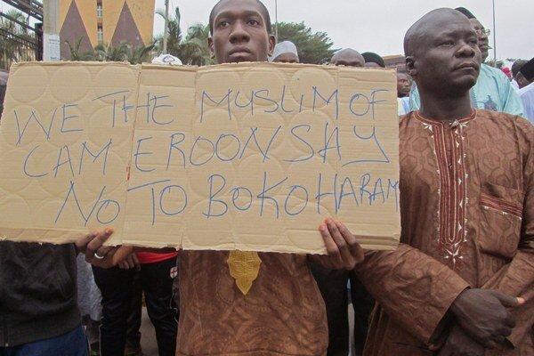Kamerunčania na podpornom pochode v boji proti Boko Haram.